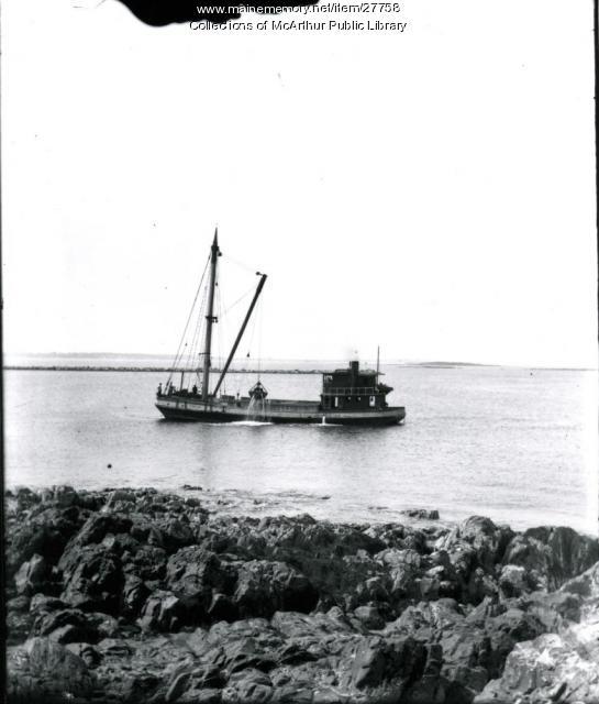 Dredger, Saco River, ca. 1915
