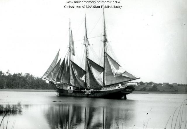 Schooner 'William Booth' on Saco River, ca. 1905