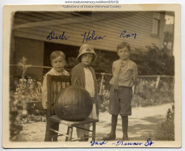 Kerr children, Portland, ca. 1917