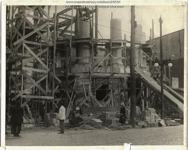 Construction of Davenport Memorial City Hall, Bath, 1928