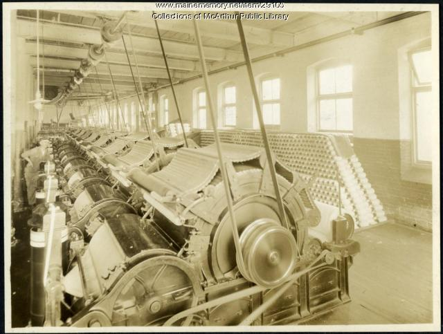 Carding machines at Pepperell Mills, Biddeford, circa 1925