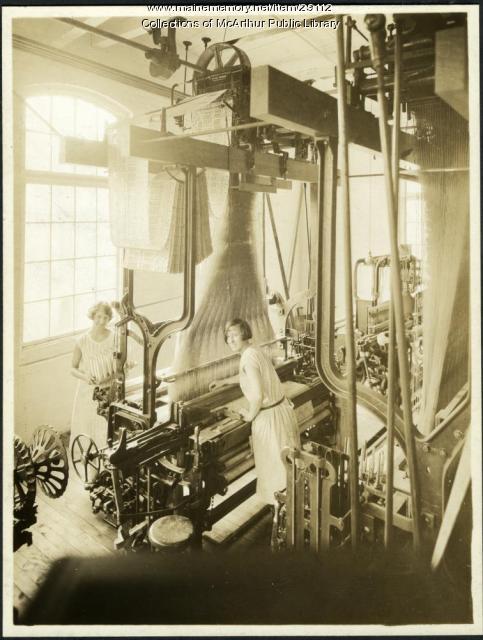 Jacquard looms at the Pepperell Mills, Biddeford, ca. 1925