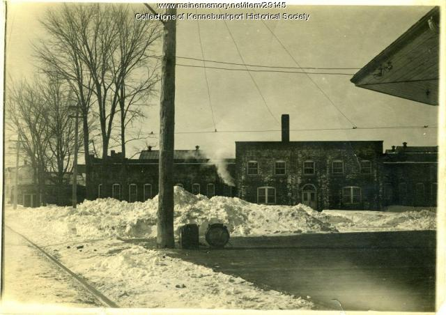 New Town House car barn, Kennebunkport, ca. 1911