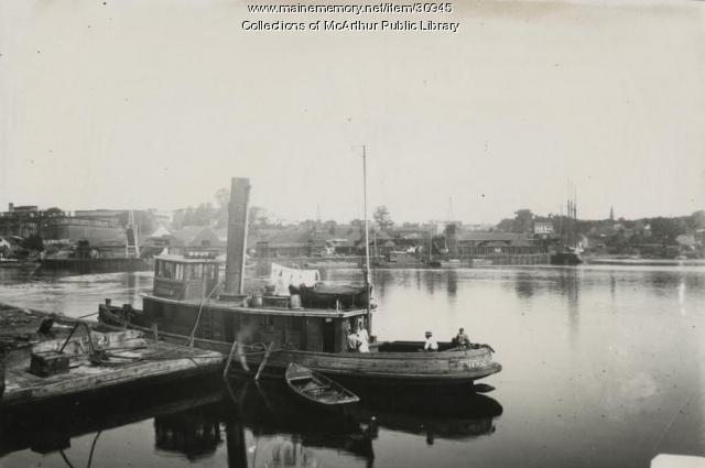 "Tugboat ""Hersey"" tied up near Bragdon's Wharf, Biddeford, 1912"