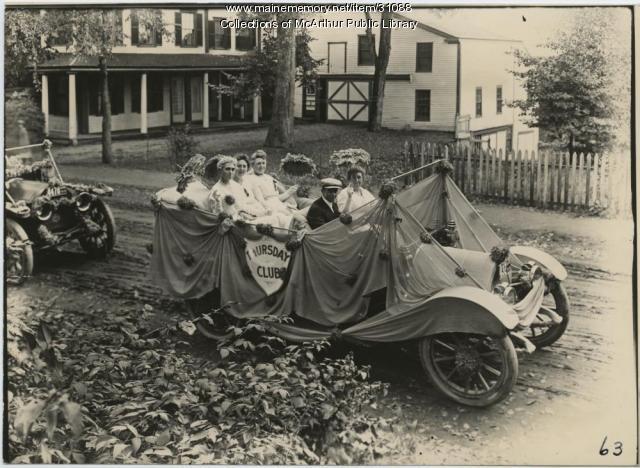 Thursday Club car in parade, Biddeford, 1916