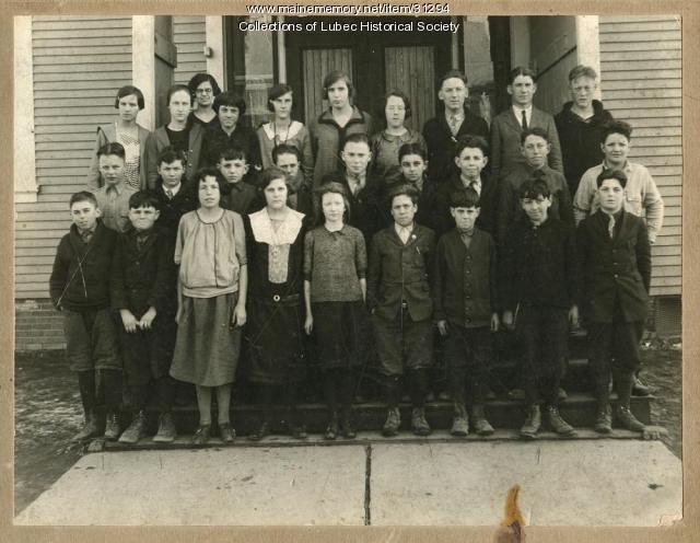 Students at Hilltop School, Lubec, ca. 1925