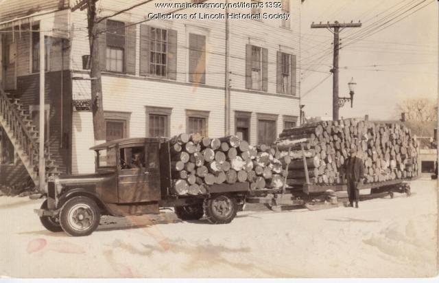 Logging truck, Lincoln, ca. 1930