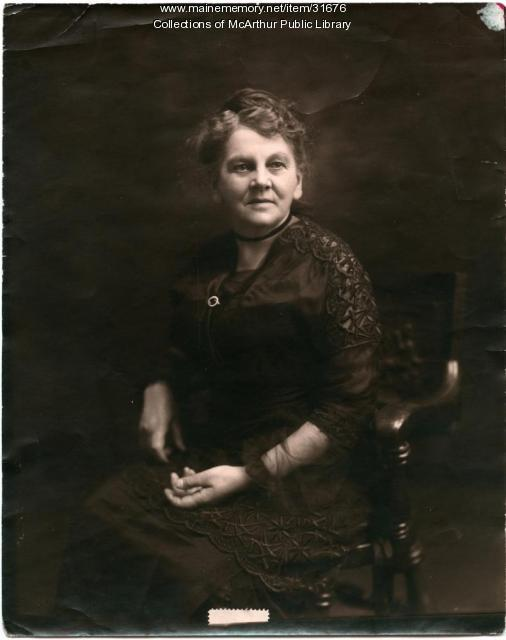 Estelle L. Tatterson, Biddeford, ca. 1915