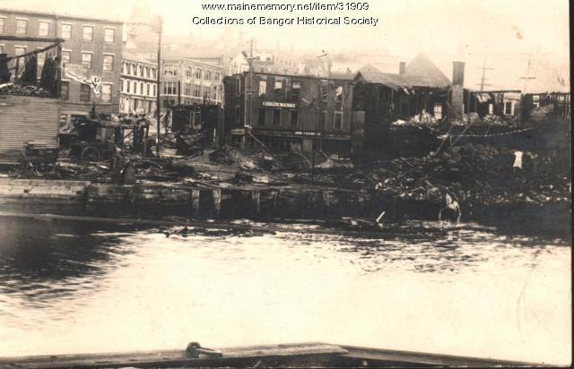 Ruins of where fire started, Bangor, 1911