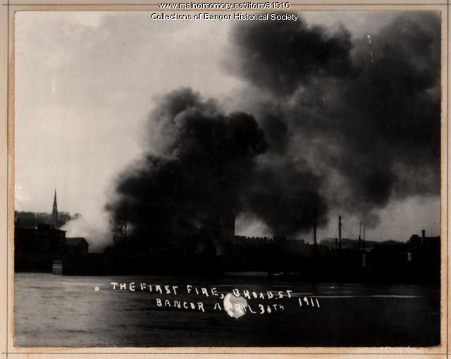 Beginning of the Bangor fire, 1911