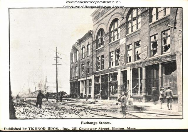 Exchange Street Ruins with armed guard, Bangor, 1911