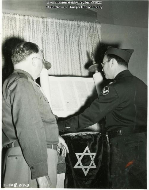 Captain Gordon and 'Flying Torah,' Bangor, 1945