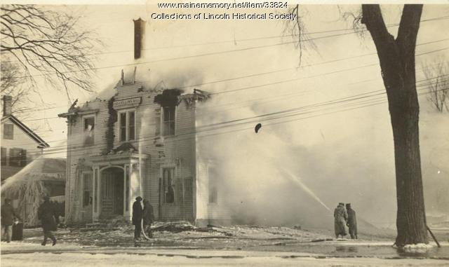 Odd Fellows Hall burning, Lincoln, 1922