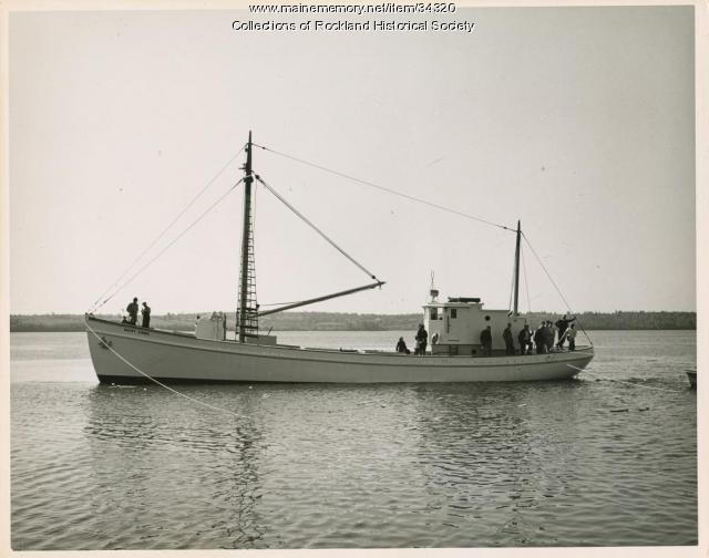 Sardine carrier Mary Anne afloat, Thomaston, 1947