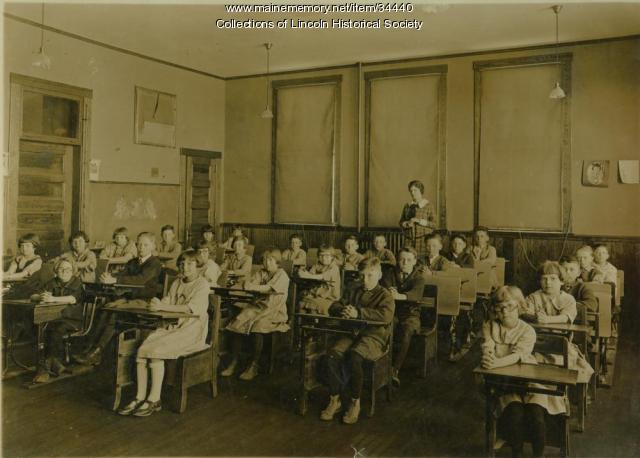 Lincoln Primary School, ca. 1910