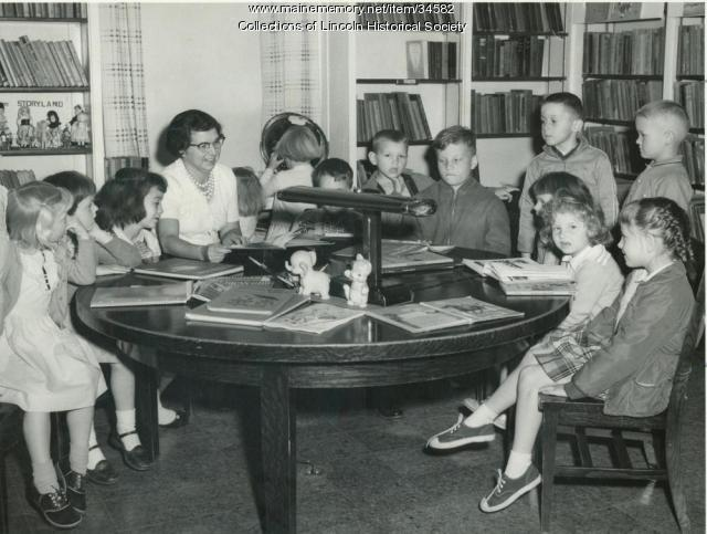Evelyn Jenkins, Lincoln Memorial Library, ca. 1954