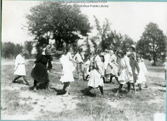 Games, summer playground, Saco, 1913