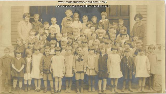Lincoln Primary School children, 1926