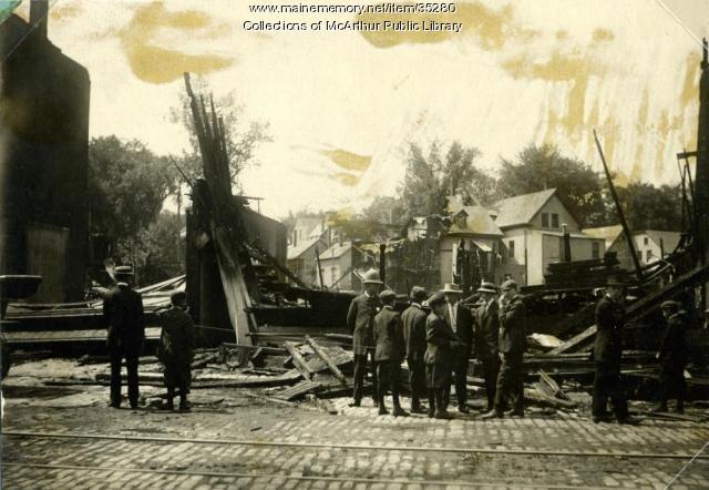 Harmon's Corner fire ruins, Biddeford, 1911