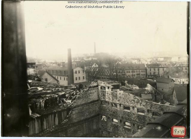 Ruins of the Pepperell Mills cotton storehouse, Biddeford, 1915