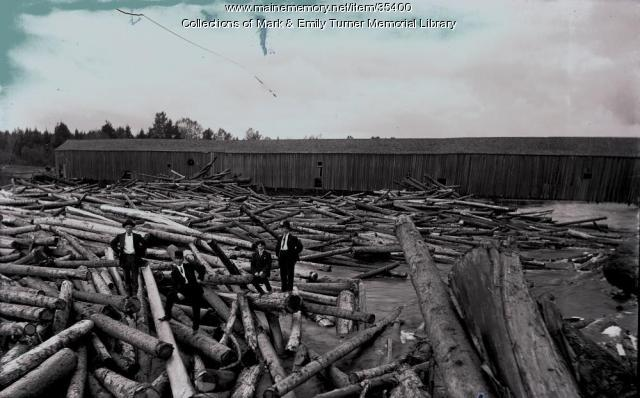 Log jam at Aroostook River Bridge, Ashland, 1894