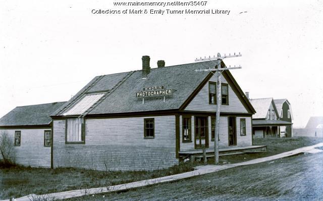 "Maxie ""Mac"" Morin's photography studio, Ashland, ca. 1895"