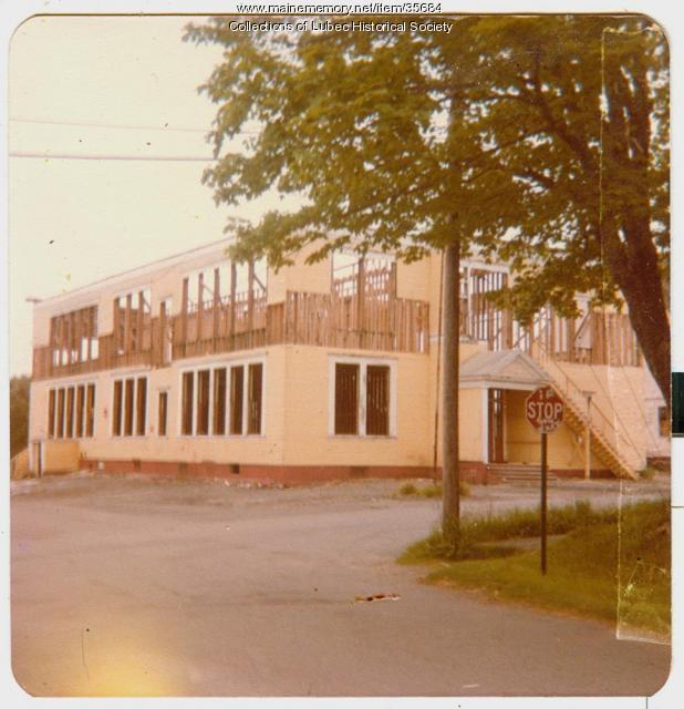Hilltop School demolition, Lubec, 1979