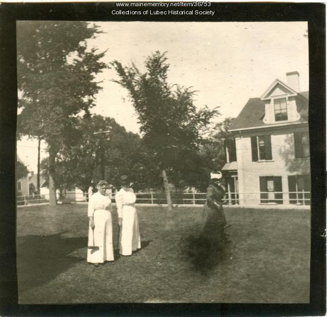 Pike lawn and Captain Staples House, Lubec, ca. 1900