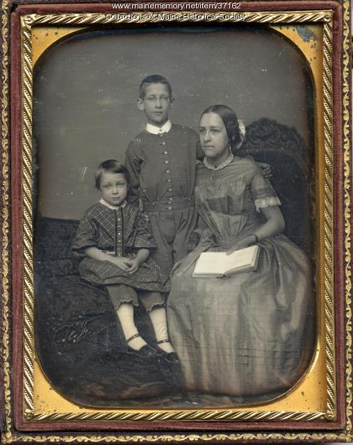 Martha Cleaveland Chandler and children, ca. 1850