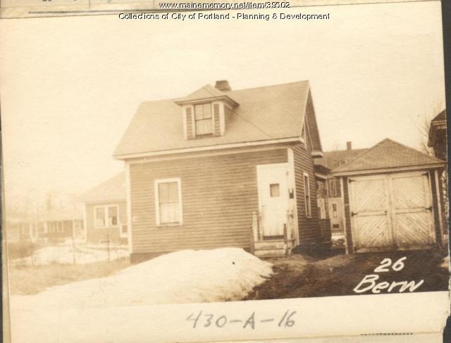 32 Berwick Street, Portland, 1924
