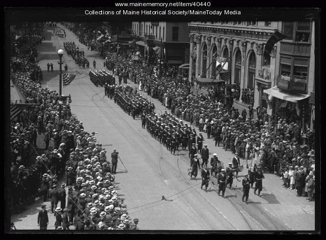 Sailors marching, Portland, 1920