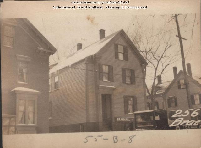 255-258 Brackett Street, Portland, 1924