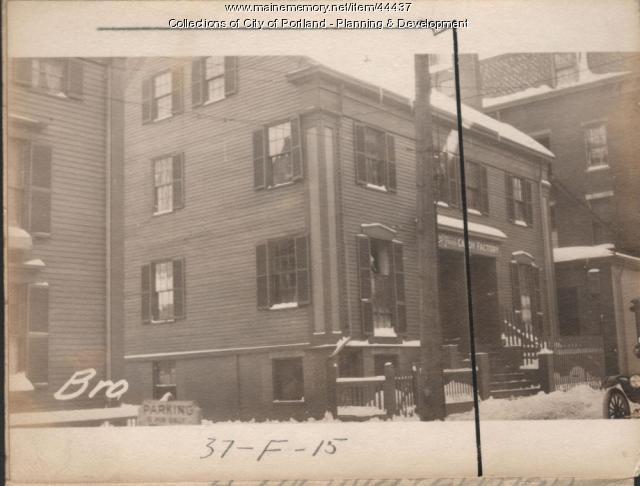 35 Brown Street, Portland, 1924