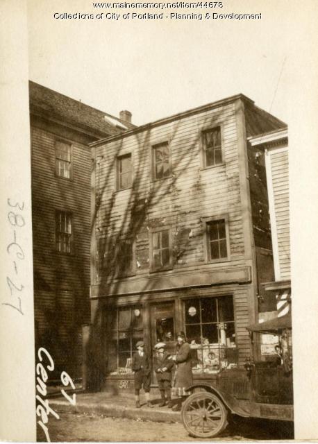 67 Center Street, Portland, 1924