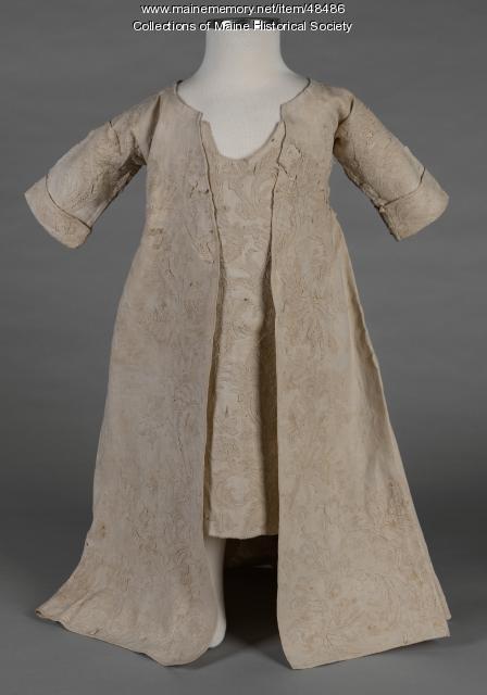 Thomas Smith family christening dress, Portland, ca. 1730