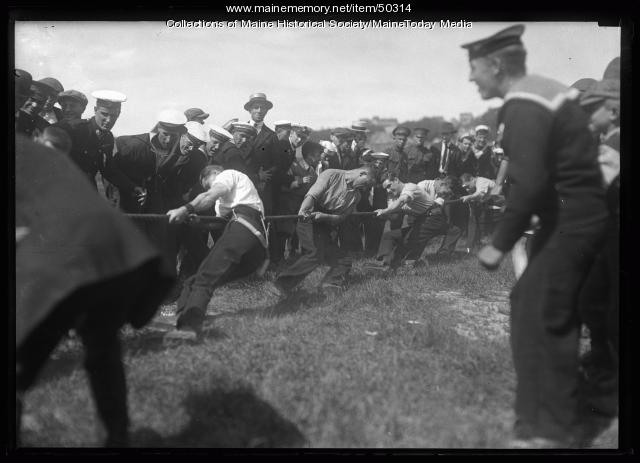 Tug of war, Portland, 1920