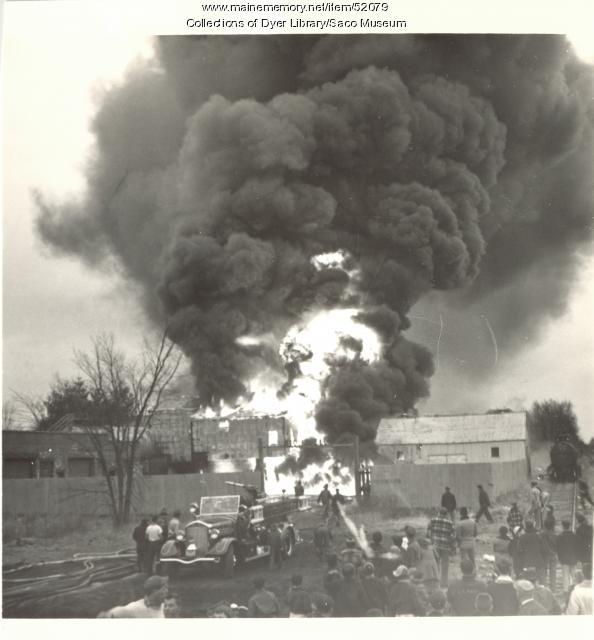 Smoke cloud, Saco, 1953