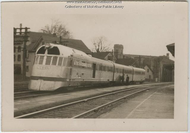 The Flying Yankee at the Biddeford train station, ca. 1950