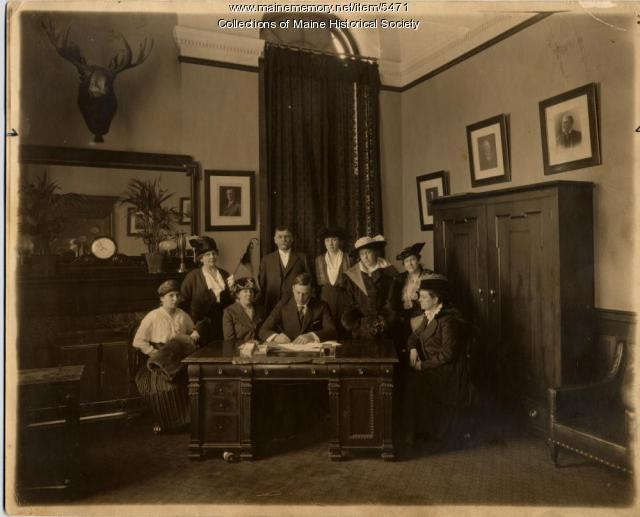 Signing of Woman Suffrage Proclamation, Augusta, 1917