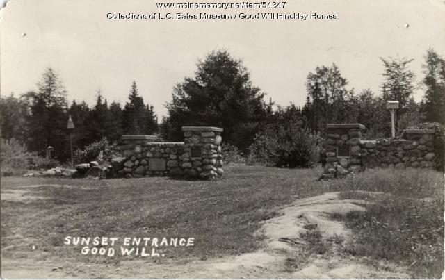 Sunset Entrance to the Continental Trail, Fairfield, ca. 1935