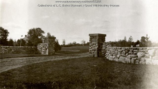Entrance to Bates Drive, Fairfield, 1929