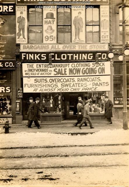 Fink's Clothing Co. Portland, ca. 1912
