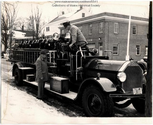 Seagraves ladder truck vintage, 1959