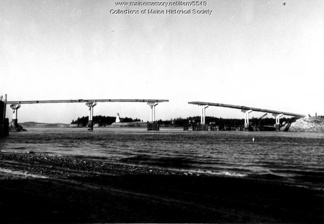 International bridge, 1962