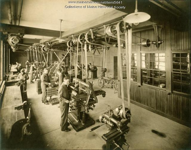 Machine shop, Portland High School, ca. 1920