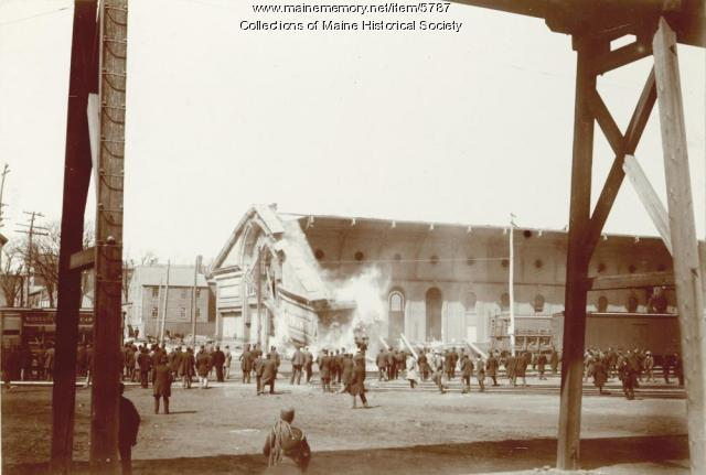 Grand Trunk Railroad terminal destruction, ca. 1894