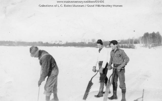 Ice cutting, Fairfield, ca. 1940