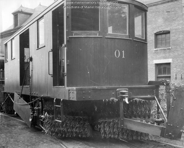 Snow sweeper No. 01 of the Portland Railroad Company