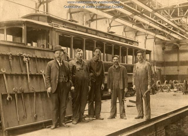 Railroad employees, Portland, ca. 1900
