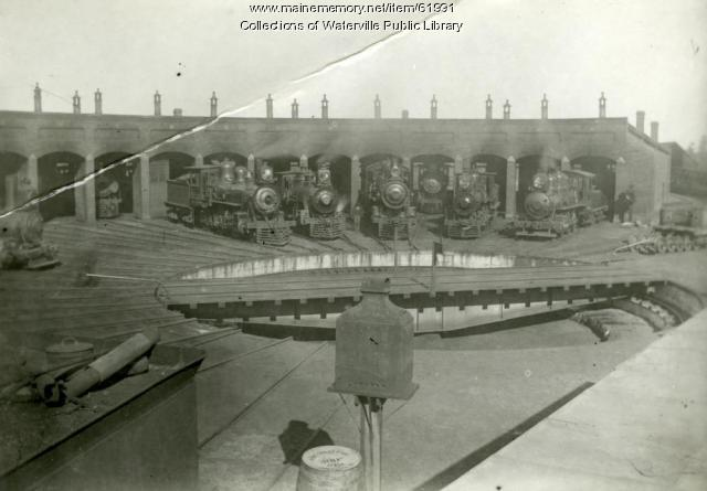 Roundhouse at Maine Central Railroad station in Waterville, ca. 1900